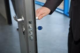 somos cerrajeros alicante ofrecemos servicios urgentes
